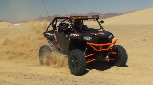 hmf_rzr_1000_products_2014_action_turn
