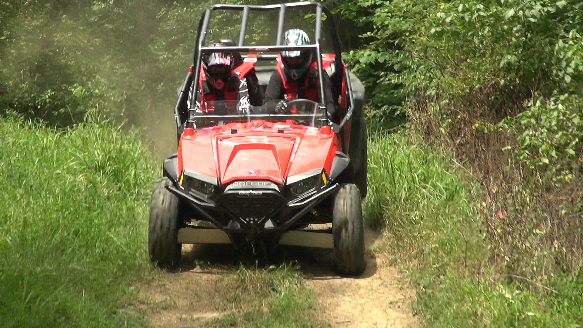 rzr_s_800_project_2014_action_jump_landing_1