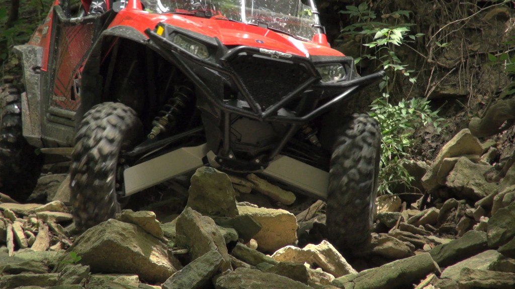 ricochet_off-road_utv_skid_plate_test_rocks
