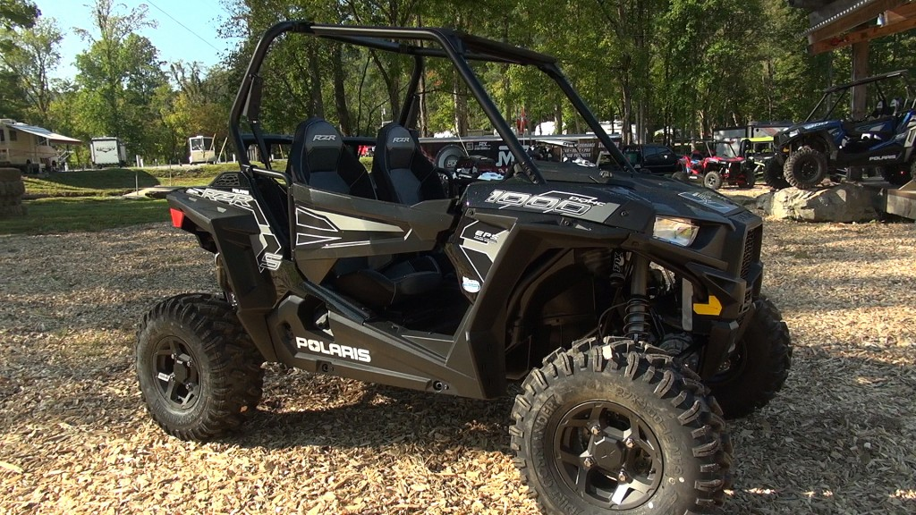 2016_polaris_rzr_s_1000_first_test_right_front