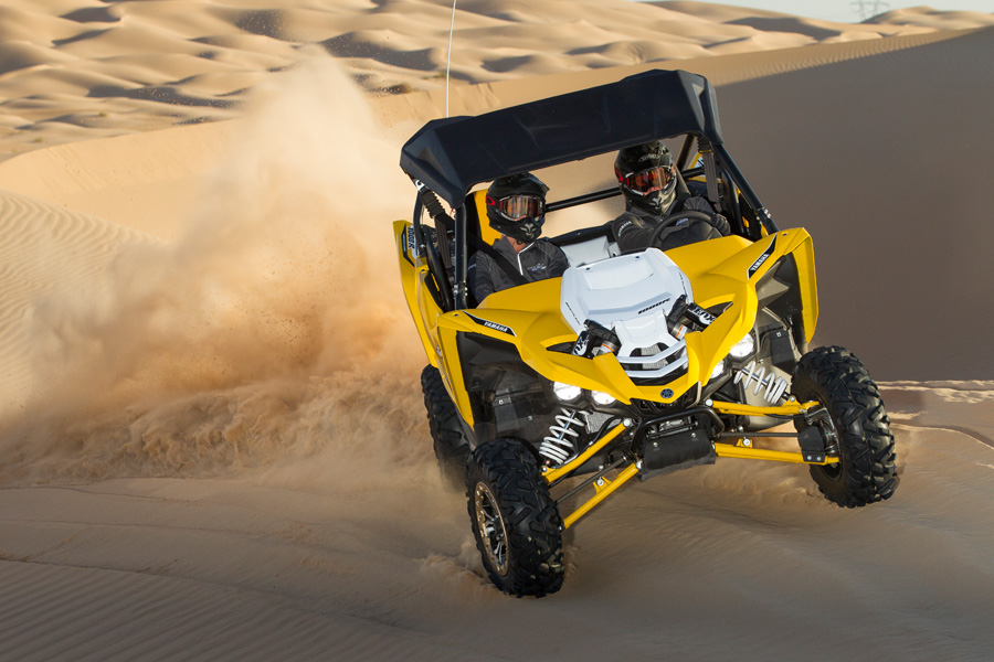 2016_yamaha_yxz1000r_test_glamis_action004