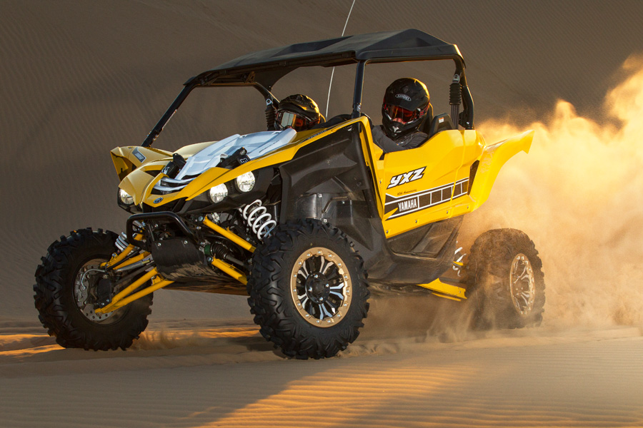 2016_yamaha_yxz1000r_test_glamis_action006