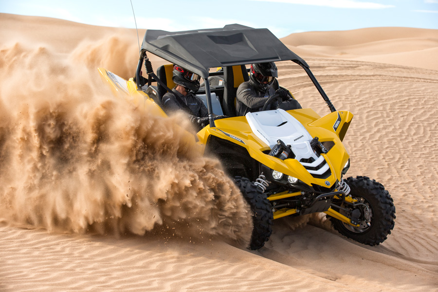 2016_yamaha_yxz1000r_test_glamis_action013