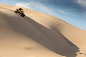 2016_yamaha_yxz1000r_test_glamis_action014