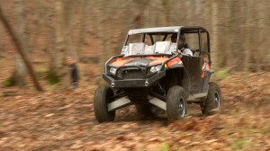 rzr_s_exit_x2_shocks_test_high_speed_turn